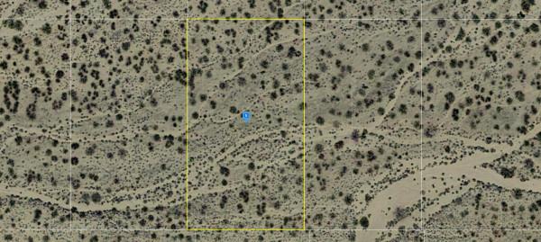 1.06 Acres for Sale in Hackberry, AZ