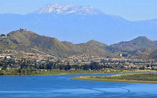 10 Acres for Sale in Lake Elsinore, CA