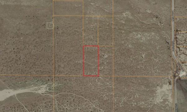 5.15 Acres for Sale in Roosevelt, CA