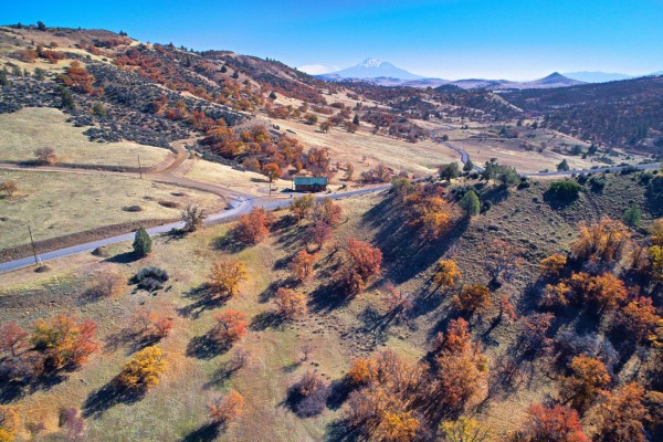 3.3 Acres for Sale in Hornbrook, CA