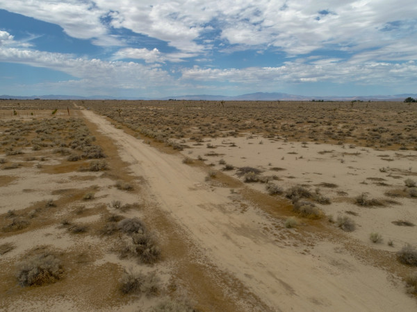 2.57 Acres for Sale in Lancaster, CA