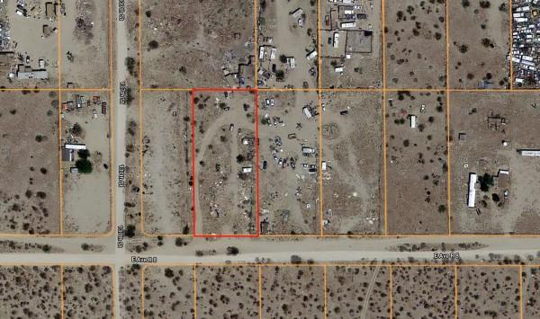 Land for Sale in Sun Village, CA