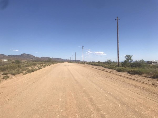 1 Acre for Sale in Golden Valley, AZ