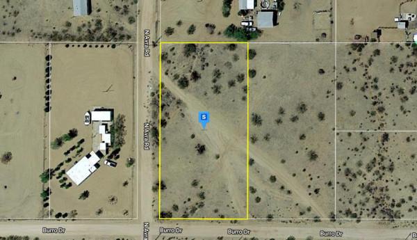 1.1 Acres for Sale in Golden Valley, AZ