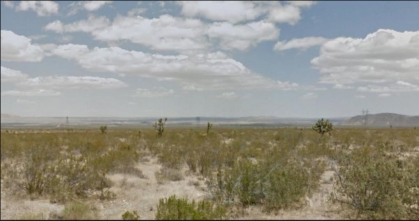 5.03 Acres for Sale in Llano, CA