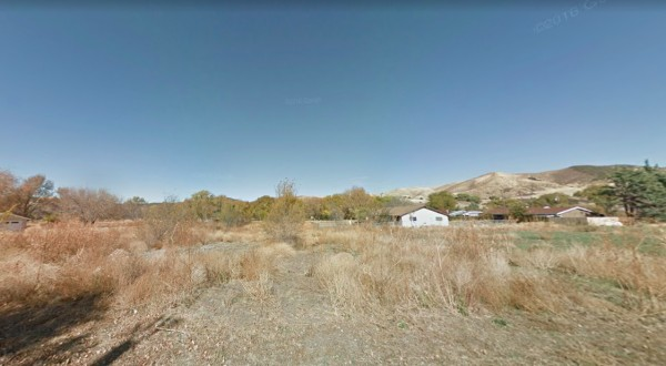 0.13 Acres for Sale in Lake Hughes, CA