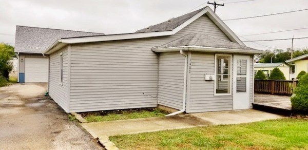 676 Sq.Ft. for Sale in Rock Falls, IL