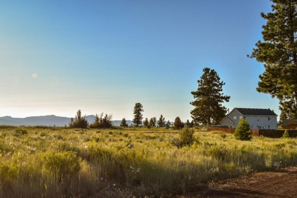 2 Lots for Sale in Chiloquin, OR