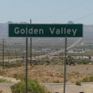 2.5 Acres for Sale in Golden Valley, AZ