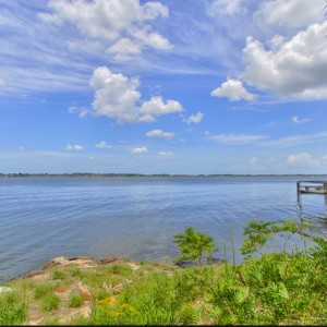 1.23 Acres for Sale in Mims, FL