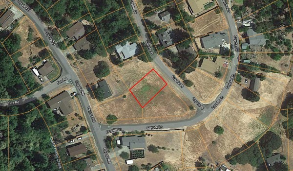 0.17 Acres for Sale in Willits, CA