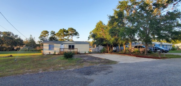 920 Sq.Ft. for Sale in Gulf Breeze, FL