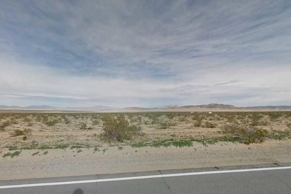15 Acres for Sale in Landers, CA