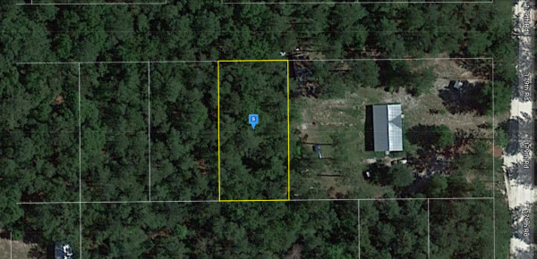 0.26 Acres for Sale in Live Oak, FL