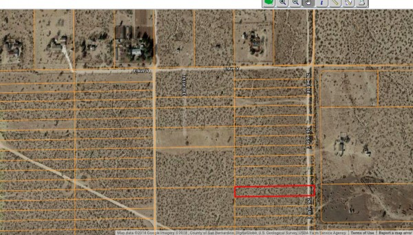 1.25 Acres for Sale in Llano, CA
