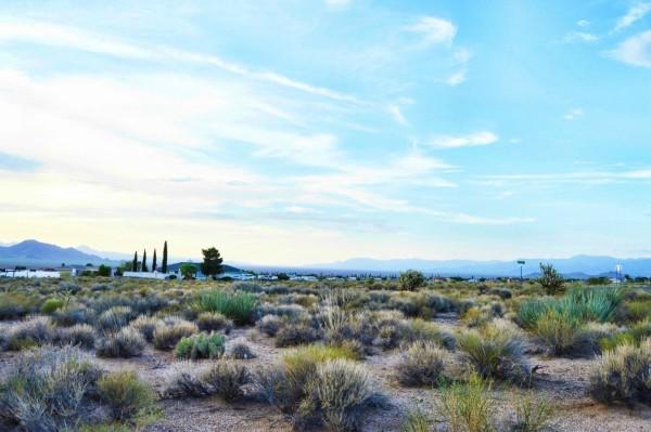 0.51 Acres for Sale in Kingman, AZ