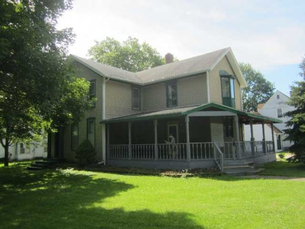 2342 Sq.Ft. for Sale in Watseka, IL