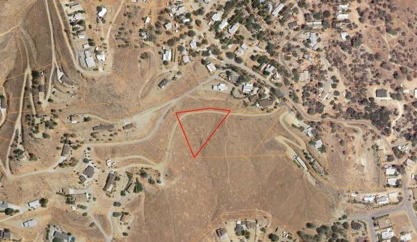 1.23 Acres for Sale in Wofford Heights, CA