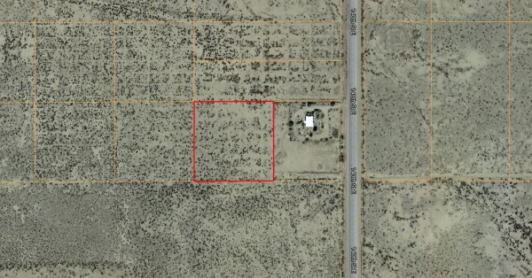 2.57 Acres for Sale in Roosevelt, CA