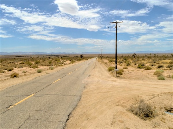 2.5 Acres for Sale in Lancaster, CA