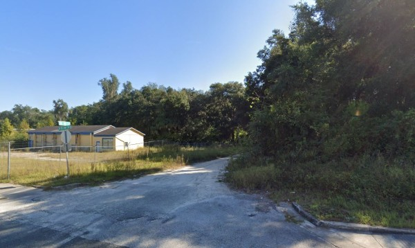 0.9 Acres for Sale in Citra, FL