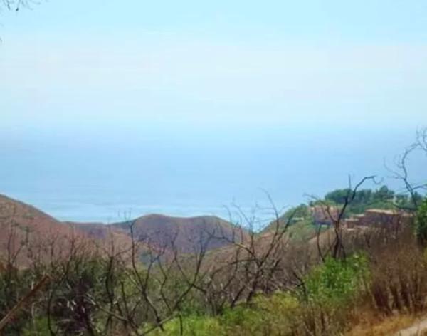 beautiful mountain and ocean views