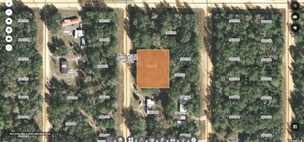 0.43 Acres for Sale in Interlachen, FL