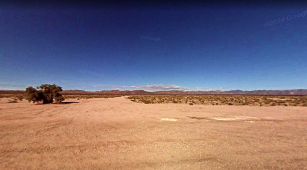 9.9 Acres for Sale in Amboy, CA