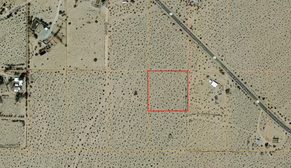 2.5 Acres for Sale in Twentynine Palms, CA