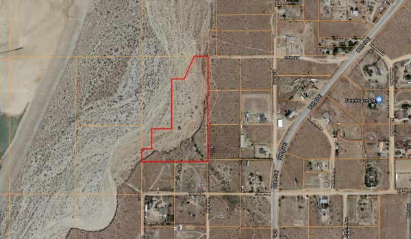 8.38 Acres for Sale in Palmdale, CA