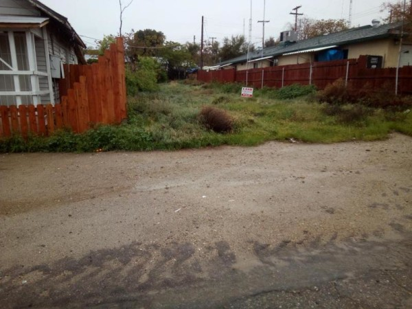 0.1 Acres for Sale in Taft, CA
