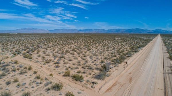 6 Lots for Sale in Yucca, AZ