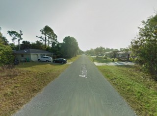 ANDOVER, FL - Road to lot