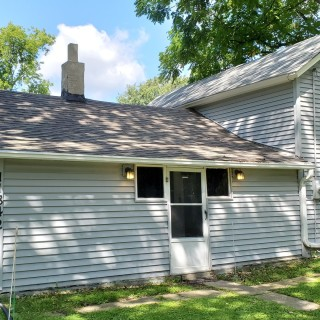 900 Sq.Ft. for Sale in Rockton, IL