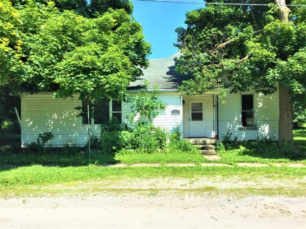 1804 Sq.Ft. for Sale in Newman, IL