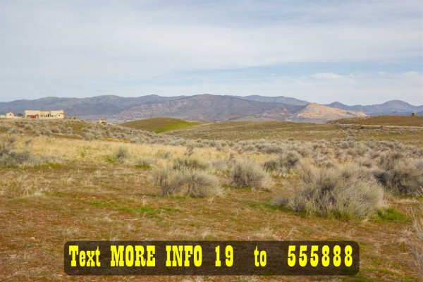 1.96 Acres for Sale in Tehachapi, CA