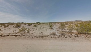 4.75 Acres for Sale in Landers, CA