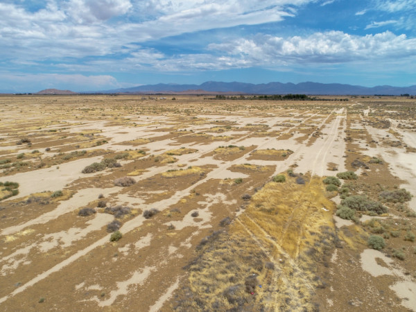 2.58 Acres for Sale in Lancaster, CA